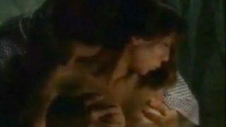 女優:水谷ケイ(みずたにけい) 興奮を味わったベッドシーン