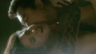 黒木瞳 映画「姉御」で松方弘樹に乳首舐められるヌード濡れ場