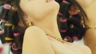 沢尻エリカ 映画『へルタースケルター』で過激な全裸ヌード