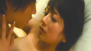 大塚千弘 映画「東京難民」で巨乳丸出し全裸セックスシーン濡れ場