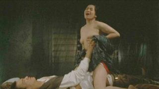 五月みどり(女優)映画「丑三つの村」夫の留守中に近所の青年を家に招き入れ誘惑してハメまくる美熟女